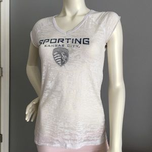 Sporting Kansas City t-shirt. Ladies size small 🌹